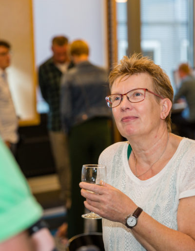 Facilitaire Zaken & IT-164